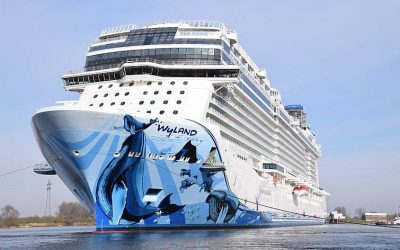 NCL, Oceania and Regent suspend cruises for another month